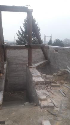 Krov - vchod napůdu