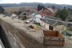 Rekonstrukce bývalé školy na bytový dům očima místního fotografa