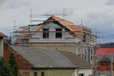 Rekonstrukce bývalé školy nabytový dům očima místního fotografa 9