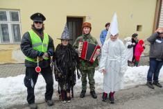 Policie, harmonikář astrašidla